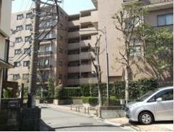 足立区伊興1丁目のマンションの画像