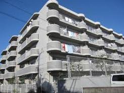 足立区本木北町のマンションの画像