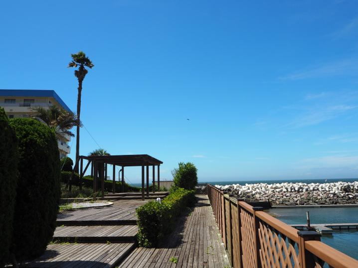 逗子市小坪|マンション|ご成約|テラスから海へと。