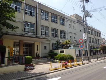 大阪市立成育小学校