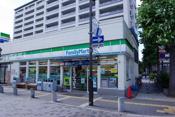 ファミリーマートJR伊丹駅前店