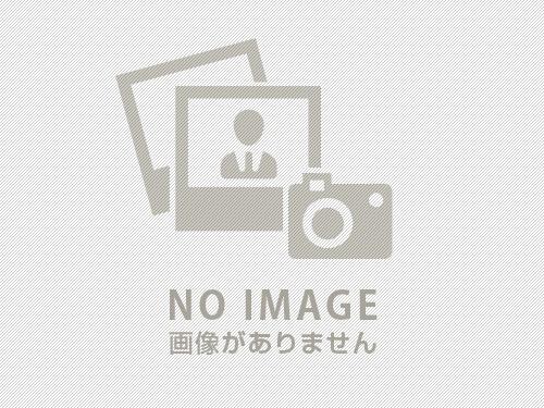 対面式キッチンの吊戸棚
