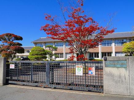 奈良市立都祁小学校の画像