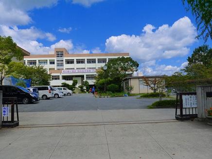 奈良市立二名中学校の画像