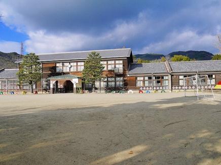 木津川市立恭仁小学校の画像