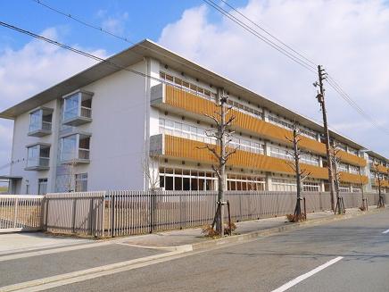 木津川市立木津南中学校の画像