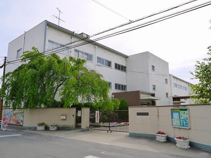 奈良市立佐保小学校の画像