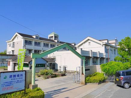 奈良市立佐保川小学校の画像