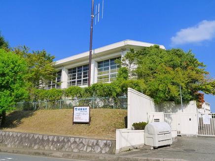 奈良市立佐保台小学校の画像