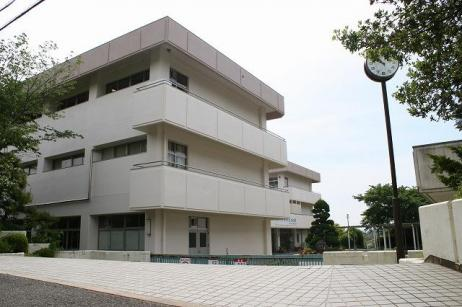 生駒市立鹿ノ台中学校の画像