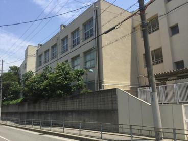 大阪市立依羅小学校