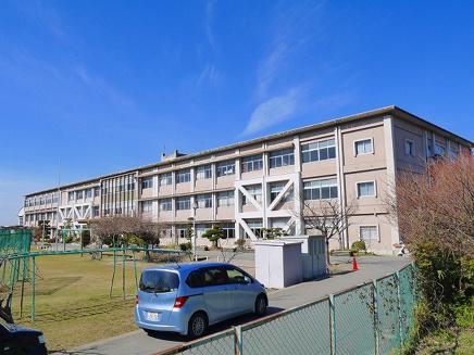 桜井市立纒向小学校の画像