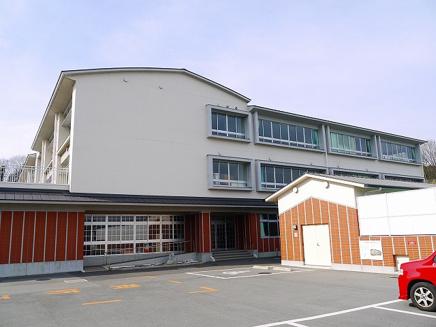 桜井市立桜井小学校の画像