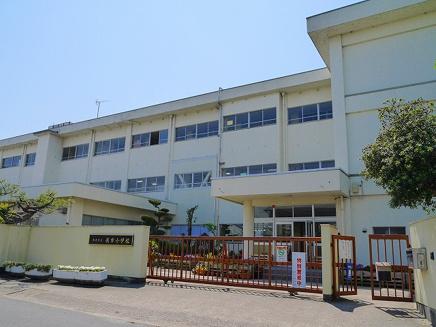 奈良市立辰市小学校の画像